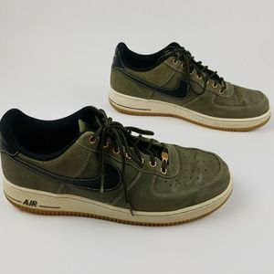 Nike Air Force One Olive size 13 low top green